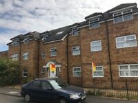 2nd Floor 2 Bedroom Flat located off Farnham Road, Slough
