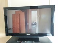 """Panasonic TX-37LZD80 - 37"""" Widescreen 1080p Full HD LCD TV- With Freeview"""