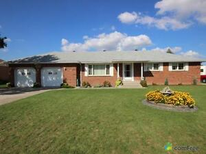 $364,900 - Bungalow for sale in Windsor