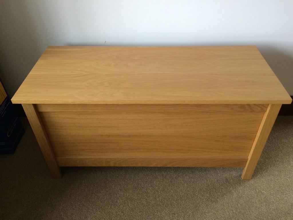 Solid Oak Blanket Box /Storage Box /Toy Box As New