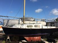 Russell Marine Islander 23 project boat yacht