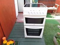 INDESIT CERAMIC ELECTRIC COOKER 50 CM LIKE NEW