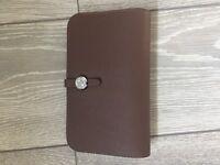 Hermes Vermillion Dogon wallet