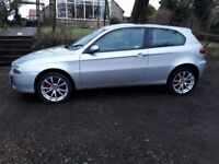 Alfa romeo 147 1.6 TI EXTREMELY well looked after. FACELIFT model