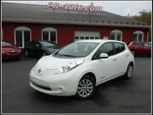 2015 Nissan Leaf City + 3.3 kwh,Recharge 110v/220v
