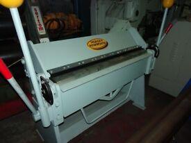 MORGAN RUSHWORTH 1250mm x 16g BOX AND PAN FOLDER