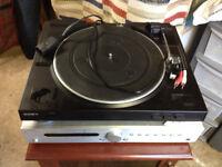 Turntable/Original Vynil LPs/Amplifier