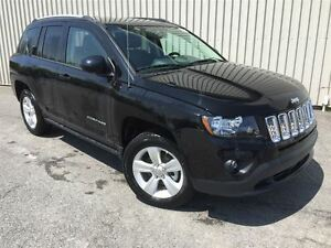 2016 Jeep Compass North  +Bluetooth+
