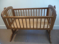 Wooden Cradle with Sleep Curve Mattress and Sheets