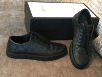Men's Black Gucci Shoes, size 7