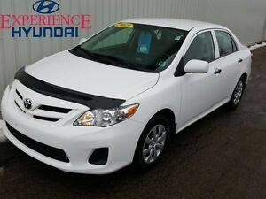 2013 Toyota Corolla CE GREAT CAR WITH SOLID FUEL ECONOMY AND PER