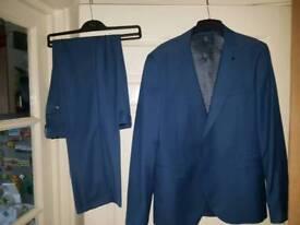 Blue suit 34s