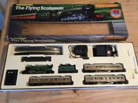 Hornby electric flying Scotsman train set with accessories