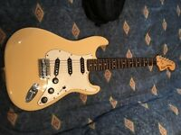 Vintage mod squier strat. Immaculate cond
