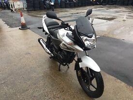 Honda cbf125 for sale year 2015 5500 miles white