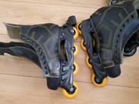 2 pairs inline skates
