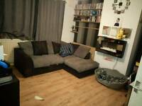 2 bed ground floor flat wanting Hertfordshire