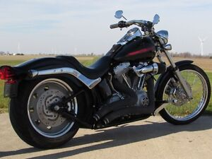 2007 harley-davidson FXST Softail   $4,000 In Options and Custom London Ontario image 3