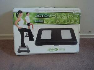 ACTION BOARD FOR  YOGA AND BALANCE GAMES Kitchener / Waterloo Kitchener Area image 2