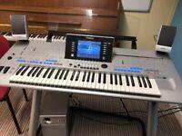Yamaha Tyros4 digital workstation keyboard