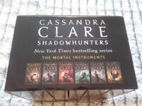 Shadowhunters, The Mortal Instruments 6 book boxset, in as new good condition.