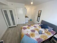 *AVAILABLE SEPTEMBER 2021* *ALL BILLS INCLUDED* Large Studio Flat Fully Furnished CENTRAL BRIGHTON