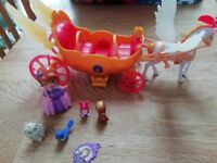 Sophia the First carriage and figure set