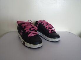 Girls Sidewalk Sports Heelys UK Size 2