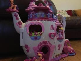 'My Little Pony' Teapot Palace