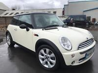 2005/55 MINI COOPER 1.6 PETROL IN WHITE # EXCELLENT CONDITION # LEATHER TRIM # 12 MONTHS MOT # CAT C