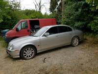 Lovely jaguar s type 4.0 V8 spares/repair project