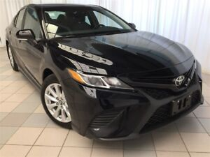 2018 Toyota Camry SE: Low KMS!