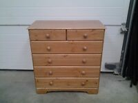 New chest honey pine drawers 4+2. Bargain, can deliver.