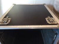 Large flight case suitable for dj