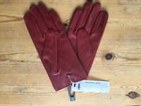 ISOTONER LADIES 3 POINT WATERPROOF LEATHER GLOVE , SIZE - L. Brand new.