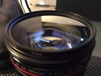Canon EF 24-105 f/4L IS Lens & Polarised UV Filter - Excellent Condition