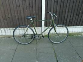 1980 vintage mens bike, good working order, new parts fitted