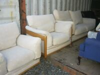 CLEAN, TIDY & COMFORTABLE 3 PIECE MODERN SUITE. 3 SEATER & 2 MATCHING ARMCHAIRS.VIEW/DELIVERY POSS