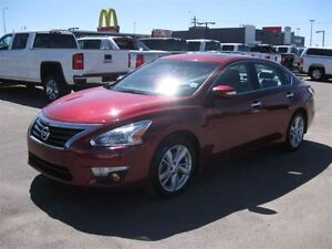 2014 Nissan Altima 2.5-Auto-AIR-Leather-Sunroof