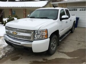 2011 Chevrolet Silverado 1500 LS Cheyenne Edition GREAT DEAL!!