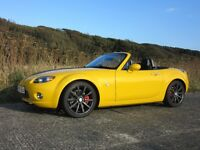 Mazda MX-5 2.0 Sport with Yellow Vinyl Wrap