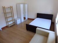 Large double room * ALL BILLS INCLUDED IN PRICE*