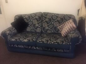 Sofa Suite x2 armchairs and x2 3 seaters