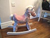 Mammas n pappas rocky horse