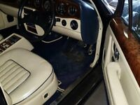 Midnight Blue Rolls Royce Silver Spirit 6.8 II