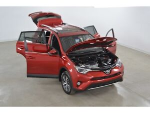 2015 Toyota RAV4 XLE 2WD Toit Ouvrant*Mags*Camera Recul