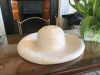 Ladies White Straw Hat