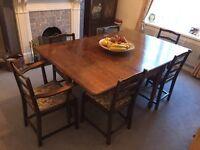 Antique Dinning Table (Oak Leaf)