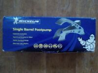 Brand new MICHELIN single Barrel Foot Pump - Analogue Gauge only £ 10