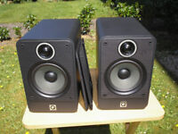 Q Acoustics 2020i Stand-Mount / Bookshelf Loudspeakers, Graphite, Immaculate, Boxed